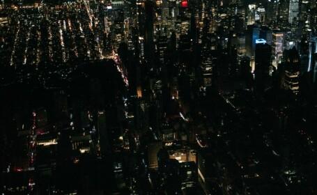 O pană uriașă de curent a lăsat în întuneric Manhattanul, inclusiv Times Square. FOTO