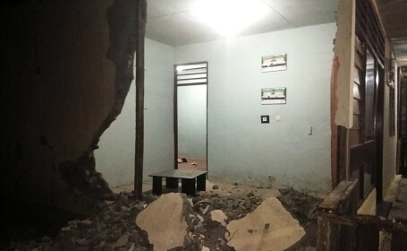 Bilanțul cutremurului de duminică din estul Indoneziei. Cel puțin o persoană a murit - 1