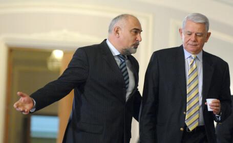 """Meleșcanu, schimbat din funcția de ministru cu Ramona Mănescu. Vosganian: """"Se va supune"""""""