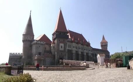 Hotel construit langa Castelul Corvinilor - 5