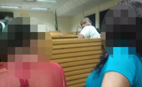 Fotografia care i-a dat fiori judecătorului. Gestul \