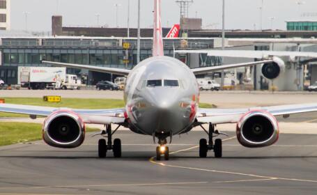 avion al companiei Jet2