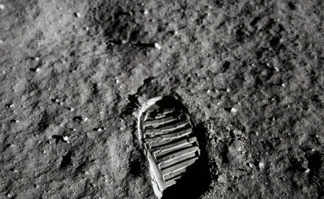 50 de ani de la primul pas pe Lună