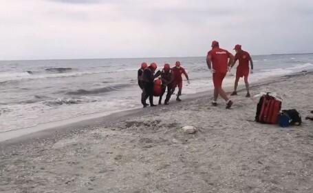 Un tânăr de 30 ani a murit înecat la mare. Alarma s-a dat după 2 ore de la dispariție