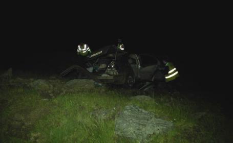 4 tineri au căzut cu maşina în prăpastie pe Transfăgărăşan. În ce stare sunt