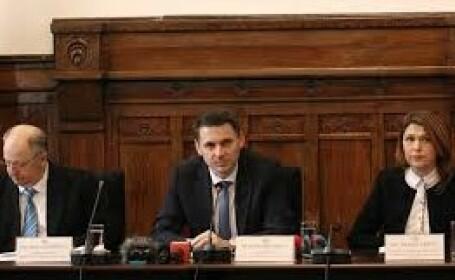 Prefectul din Cluj are Covid-19. Soția și fiul de 9 luni, infectați și ei