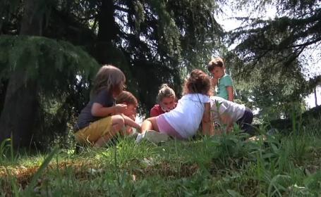 Copii la joacă