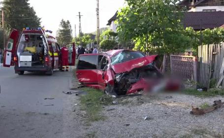 Noapte neagră pe șoselele din România. Accidente în serie, cu un mort și șase răniți