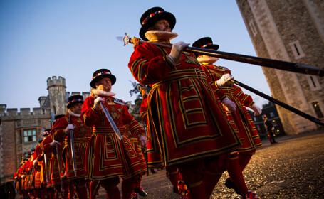 Primele concedieri în peste 500 de ani. Gărzile din Turnul Londrei, afectate de pandemie