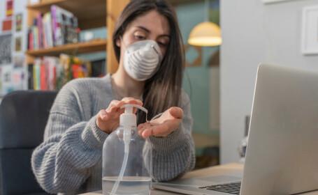 Studiu: Oamenii au șanse mai mari să se infecteze cu coronavirus acasă decât în afara locuinței