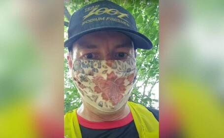 Un medic britanic a alergat 35 km cu masca pe față. Ce a urmat