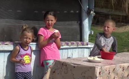 """Doi părinți din județul Vaslui se chinuie să își crească copiii: """"Nu sunt bani. E greu"""""""