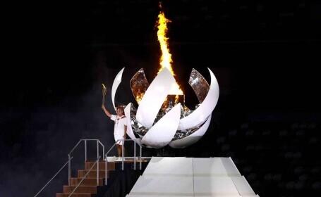 Jocurile Olimpice au început. Jucătoarea japoneză de tenis Naomi Osaka a aprins flacăra olimpică