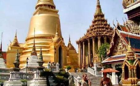 Atac armat la o moschee din sudul Thailandei!