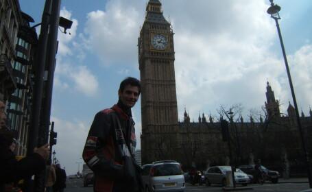 Cezar la Palatul Parlamentului - Big Ben