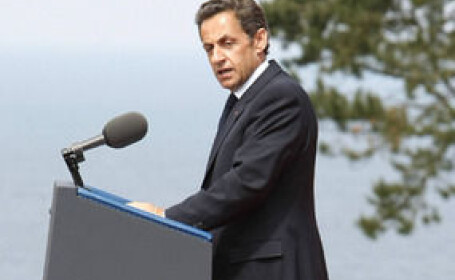 Toti oamenii presedintelui Sarkozy: niciunul mai inalt de 1.65 metri!