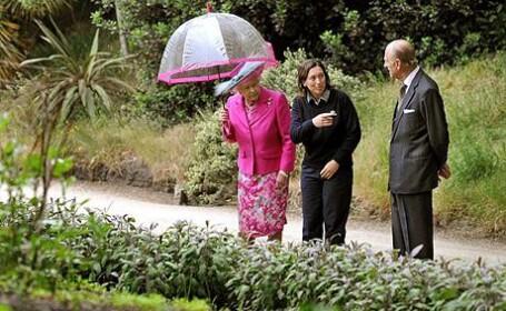 Dupa Michelle Obama, Regina Elisabeta II si-a facut gradina de legume