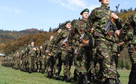 Militarii vor primi din nou sporuri de confidentialitate si radiatie
