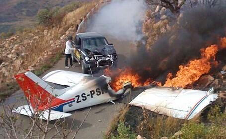 Accident incredibil in Africa de Sud: un avion a intrat intr-o camioneta!
