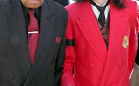 Michael si Joe Jackson