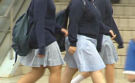 Semnal de alarma. Prea multe eleve ajung insarcinate din cauza lipsei educatiei sexuale