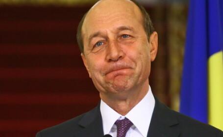 Fotografie cu autograful presedintelui Basescu, scoasa la licitatie in SUA