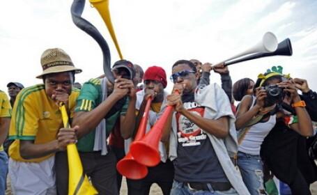 Se reduce zgomotul de pe stadioane, la CM 2010. Apare vuvuzela silentioasa