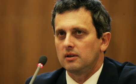 Valentin Lazea, BNR
