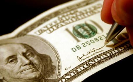 Dolari, investitii