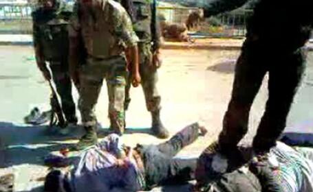 FOTO. Siria a declansat oficial represiunea. Armata a inceput vanatoarea si uciderea protestatarilor