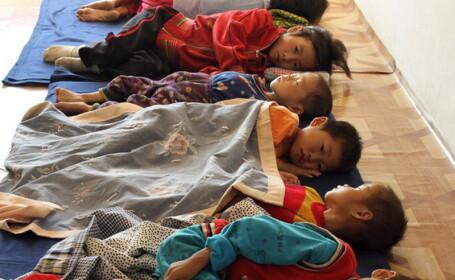 copii la spital, Coreea de Nord, foamete