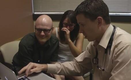 VIDEO. Momentul emotionant in care un barbat afla ca s-a vindecat de cancer. Sotia ii e alaturi
