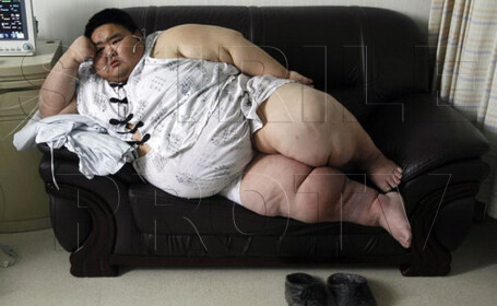 Galerie FOTO. Acum 2 ani era cel mai gras om din China. Cum arata astazi, dupa ce a slabit enorm