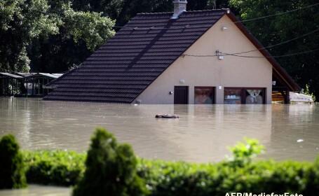 Stare de alerta in tara vecina, din cauza viiturii de pe Dunare. Budapesta tremura pana miercuri