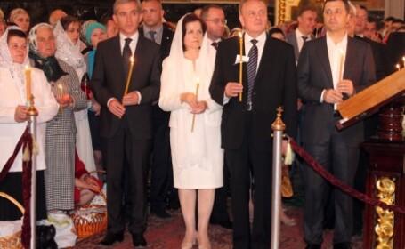 Biserica Ortodoxa din Rep. Moldova a excomunicat intreaga conducere a tarii \
