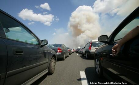 O masina a luat foc pe autostrada Autostrada Soarelui, la 20 de kilometri de Bucuresti
