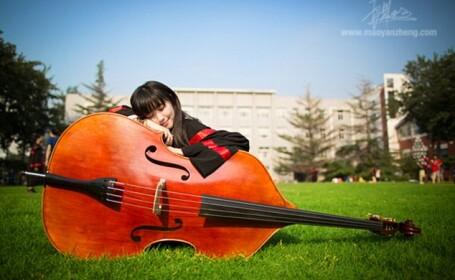 Pozele unei studente au facut ca site-ul unei prestigioase universitati din China sa se prabuseasca
