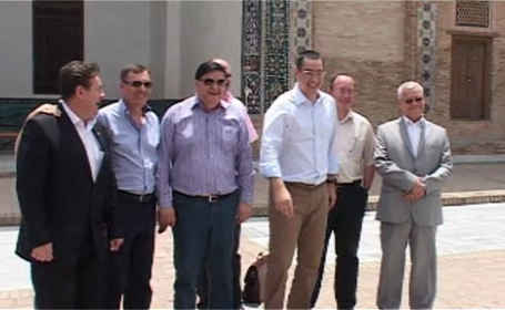 Victor Ponta in Beijing. Premierul incearca sa-i convinga pe chinezi sa investeasca in Romania