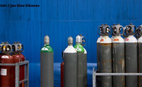 butelii gaz si oxigen
