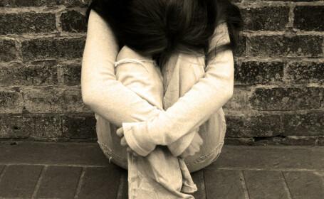 adolescenta deprimata
