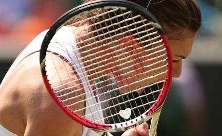WIMBLEDON 2014: Necazurile se tin scai de Simona Halep. Ce a patit in turul al doilea al turneului: \