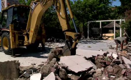 O terasa din Mamaia a fost demolata de primaria Constanta. Cine este patronul si ce acuzatii le aduce oficialilor locali
