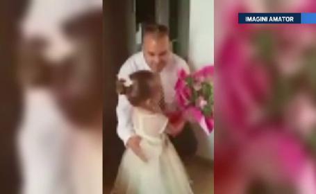Un trend controversat in SUA a ajuns si in Romania. Cum isi antreneaza tatii romani fiicele pentru prima intalnire
