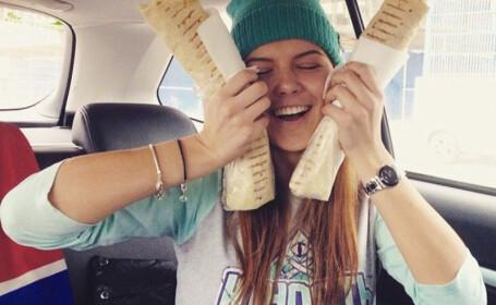 Cea mai noua moda printre tinerele din Rusia: \