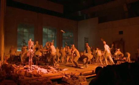 Spectacol rar la Festivalul International de Teatru din Sibiu. Faust, in regia lui Silviu Purcarete, a uluit spectatorii