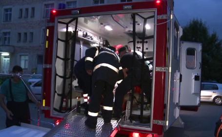 A fost nevoie de 10 militari si o ambulanta pentru victime multiple pentru a-l duce la spital. Misiune grea pentru ISU Buzau