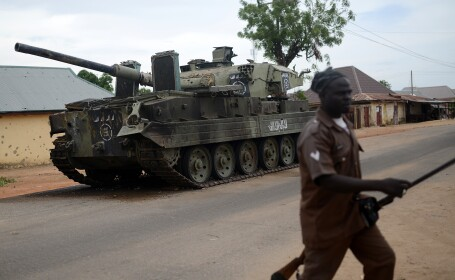 Cel putin 10 morti si 30 de raniti intr-un atentat sinucigas comis de o fetita de 12 ani, in Nigeria