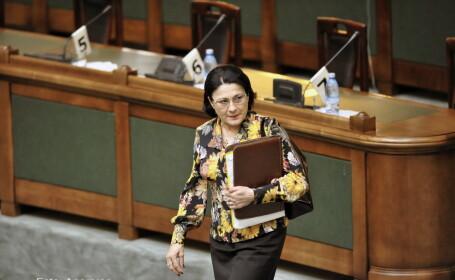 DNA cere redeschiderea unui dosar de coruptie pe numele fostilor ministri Alexandru Athanasiu si Ecaterina Andronescu
