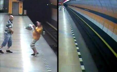 Atac filmat la metroul din Praga. Un barbat a fost impins din senin pe sine, iar atacatorul este in continuare liber. VIDEO