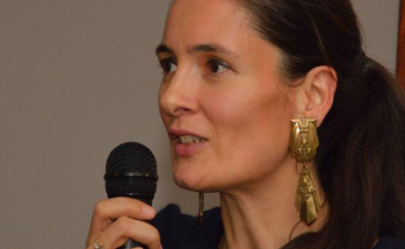Clotilde Armand, intrebata de unde isi cumpara cercei: \